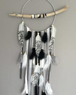Attrape rêves dreamcatcher attrapeur de rêves plumes zèbres et perles bois
