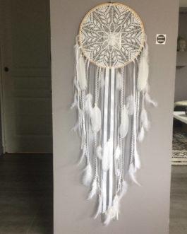 Attrape rêves / dreamcatcher Geant en dentelle, plumes et perles bois