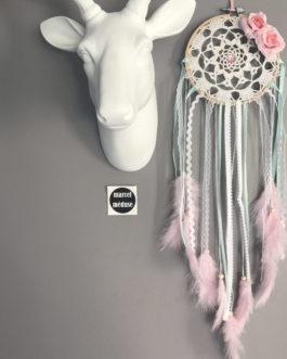 Attrape-rêves en dentelle avec fleurs tissus dans des tons de rose et mint – dreamcatcher / piège à rêves