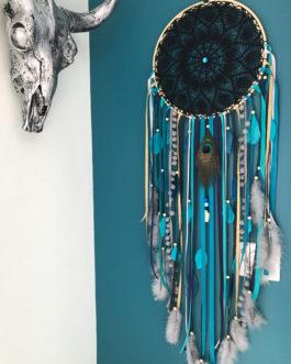 Grand Dream catcher en dentelle au crochet noire, coloris bleu canard, turquoise, dor? et plumes de paon