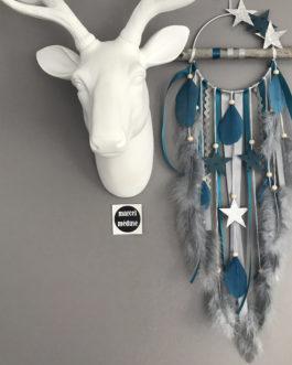 Attrape-rêves Dream catcher en bois flotté, coloris gris et bleu canard avec étoiles