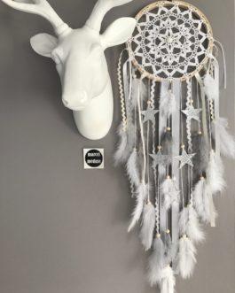 Attrape rêves / dreamcatcher / attrapeur de rêves en dentelle, plumes et perles bois