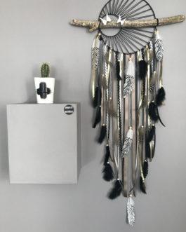 Grand Dream catcher tissage soleil noir, en coloris noir, blanc, taupe et doré avec papillons et bois flotté