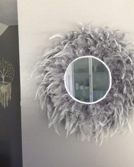 Jujuhat / juju hat miroir handmade en plumes 45 cm de diamètre avec centre miroir 20 cm –  coloris gris argent