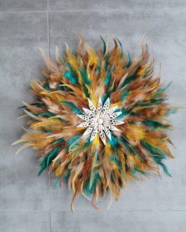 Jujuhat / juju hat en plumes 45 cm de diamètre – coloris multicolore fauve, bleu, beige