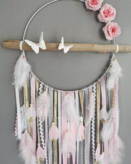 Attrape rêves dreamcatcher en bois flotté coloris rose poudré, blanc et doré