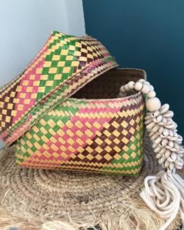 Boîte à offrande balinaise en bambou tressée colorée  – Grand modèle