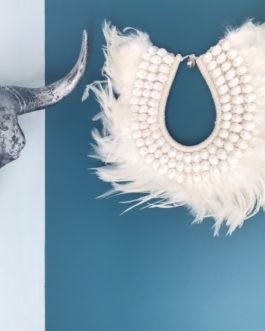 Collier papou en plumes naturelles et coquillage Modèle Oya