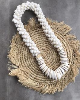 Gros Collier coquillages balinais Modèle Obi II