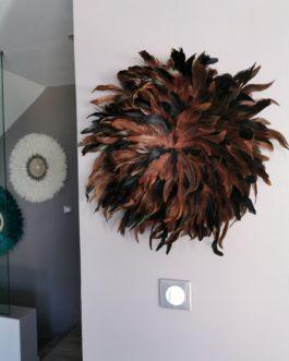 Jujuhat / juju hat en plume 50 cm de diamètre – coloris brun chocolat et noir