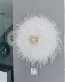 Jujuhat / juju hat XL en plumes 55 cm de diamètre – coloris blanc pur avec centre coquillages