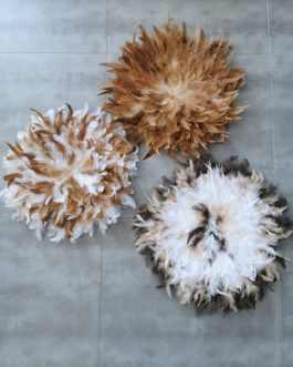 A Jujuhat / juju hat en plume 50 cm de diamètre – coloris fauve