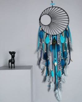 Attrape rêves / dreamcatcher / attrapeur de rêves coloris bleu canard, doré et gris avec tissage soleil noir
