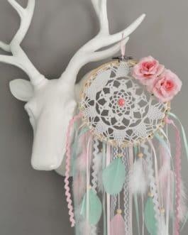 Attrape rêves / dreamcatcher / attrapeur de rêves dentelle, coloris rose poudré, blanc et mint