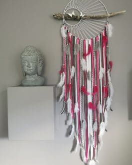 A Attrape-rêves Dreamcatcher 30 cm de diamètre coloris rose fuschia, blanc et gris anthracite