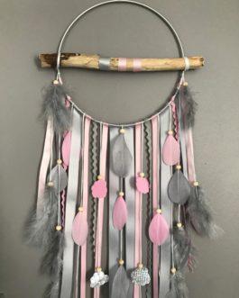 Attrape rêves / dreamcatcher / attrapeur de rêves bois flotté, coloris rose poudré et gris avec nuages
