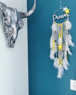 A Attrape rêves / dreamcatcher / attrapeur de rêves coloris jaune vif, gris et blanc avec mot Dream