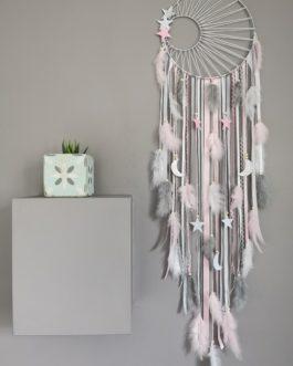 A Attrape rêves / dreamcatcher / attrapeur de rêves coloris rose poudré, gris et blanc avec tissage soleil