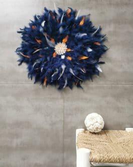 A juju hat coloris bleu nuit avec touches de orange, blanc et gris centre coquillages (diamètre 50 cm)