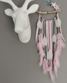 A Attrape rêves / dreamcatcher / attrapeur de rêves bois flotté, coloris rose poudré, taupe et blanc avec étoiles
