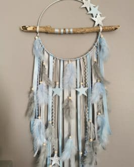 AA Attrape-rêves dreamcatcher en bois flotté coloris gris et bleu ciel pastel